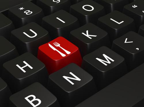 Россияне стали чаще покупать продукты в Интернете